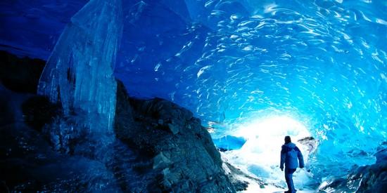 Mendenhall Glacier Caves - Alaska