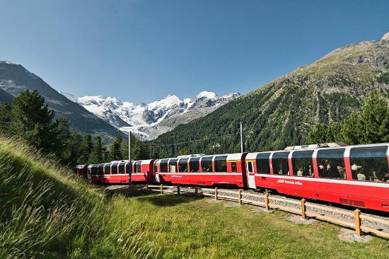 Bernina Express swiss alps