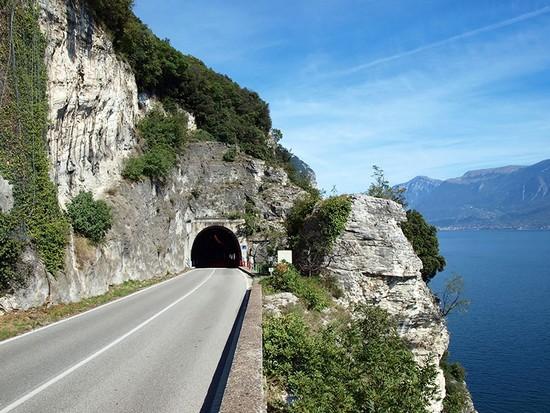 Strada della Forra italian alps